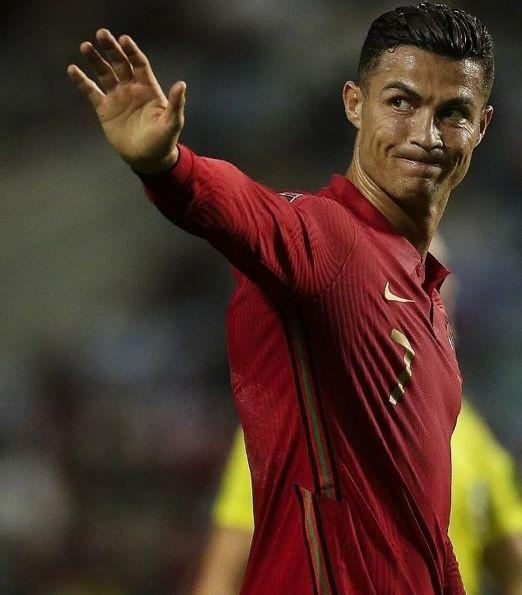 Tarihte bir ilk! Kraliçe istedi Ronaldo tarihe geçti - Sayfa 3