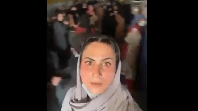 Taliban, kadınları banka binasına kilitledi!