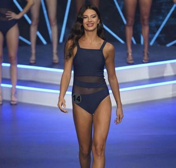 Türkiye'yi Miss World'de temsil edecek Dilara Korkmaz hakkında merak edilenler - Sayfa 4
