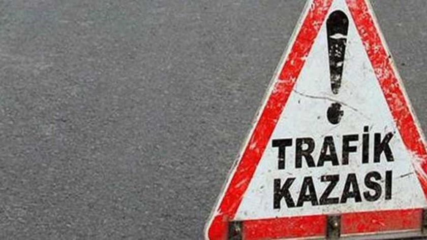 Alkollü sürücü, köprülü kavşağın ayağına çarptı: 1 ölü, 3 yaralı