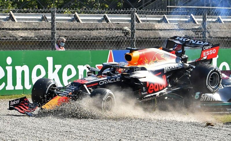 Formula 1'de korkutan kaza! - Sayfa 3
