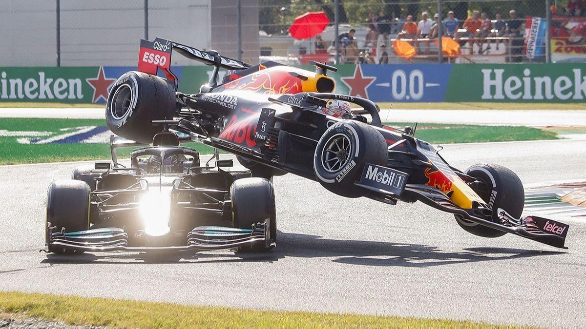 Formula 1'de korkutan kaza! - Sayfa 1