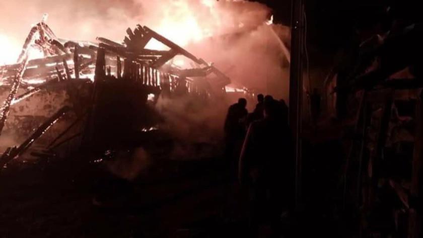 Ankara'da metruk evde çıkan yangın 7 evi küle döndürdü