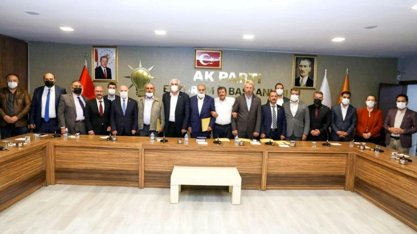İYİ Parti'de istifa depremi!