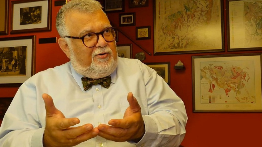 Prof. Dr. Celal Şengör'den flaş karar