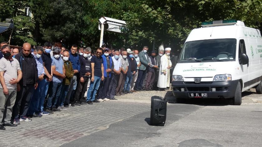 Balıkesir'de feci kaza: Aslı ile nişanlısı Ceyhun öldü
