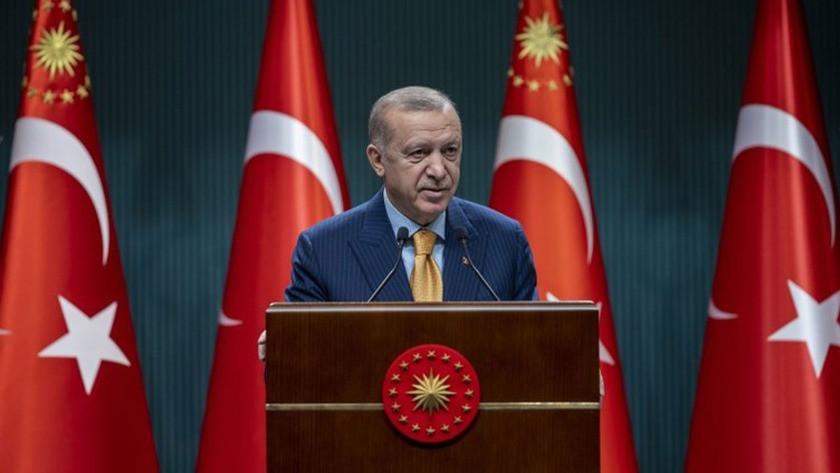 Erdoğan: Parkta, bankta yatanların öğrencilikle alakası yok