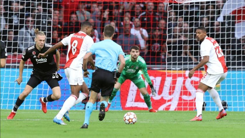 Ajax-Beşiktaş maç sonucu: 2-0 (Maç Özeti ve Golleri)