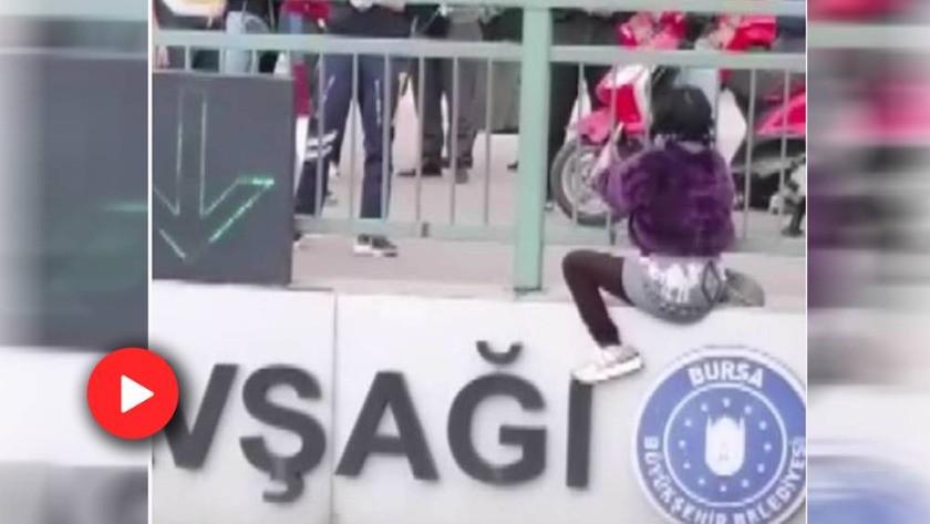 Bursa'da köprüden atlamak isteyen genç kızı polis ekipleri kurtardı