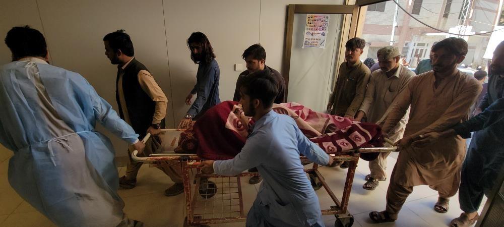 Pakistan'da şiddetli deprem! Çok sayıda ölü ve yaralılar var - Sayfa 2