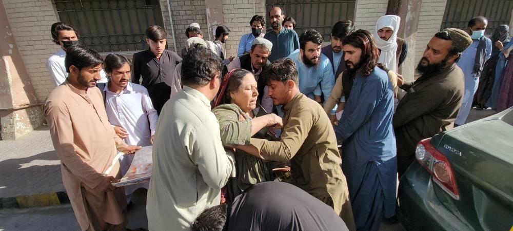 Pakistan'da şiddetli deprem! Çok sayıda ölü ve yaralılar var - Sayfa 3