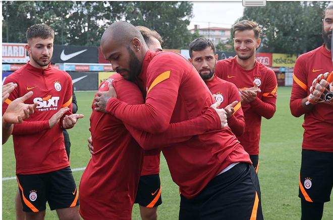 Galatasaray'da flaş ayrılık! - Sayfa 1