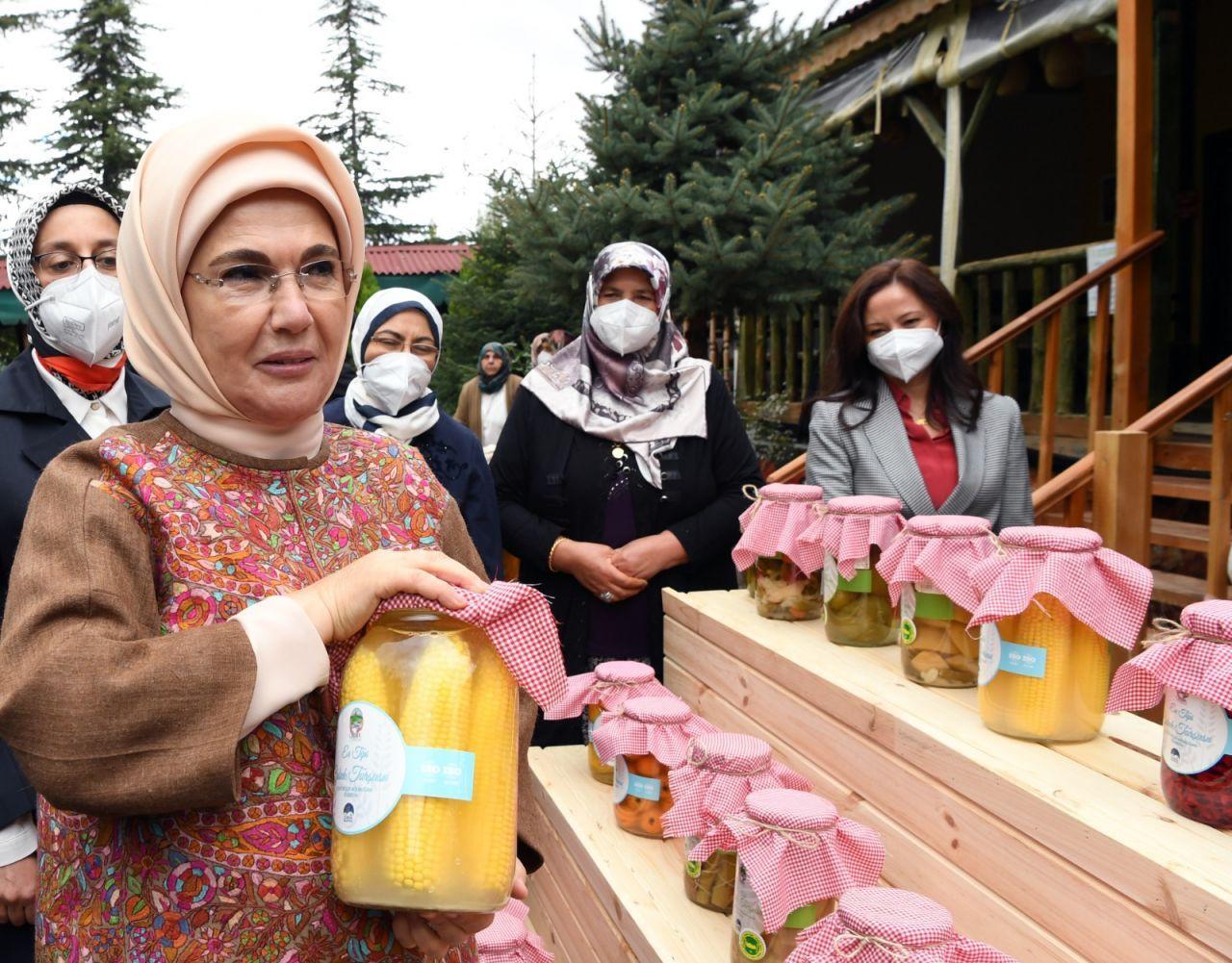 Emine Erdoğan'ın kurduğu turşu, çiftçi kadınlardan tam puan aldı - Sayfa 4