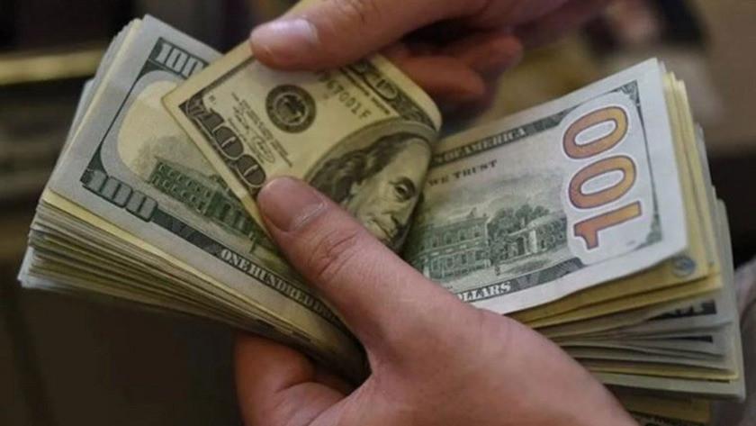 Akşam saatlerinde dolar yine fırladı