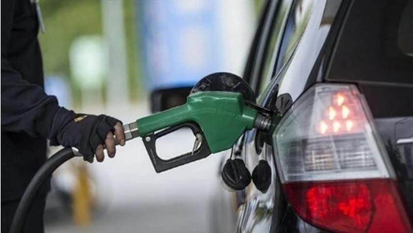 Benzin ve motorine zam geld!