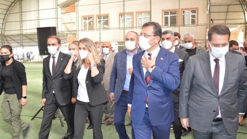 İmamoğlu Elazığ'da... Vali ve belediye başkanına tepki gösterdi
