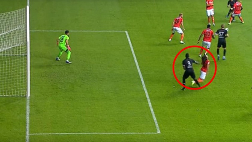 Mario Balotelli'den olay hareket