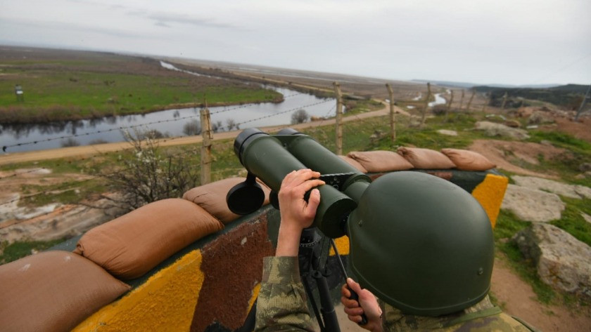 Hudut birlikleri sınırda yakaldı!