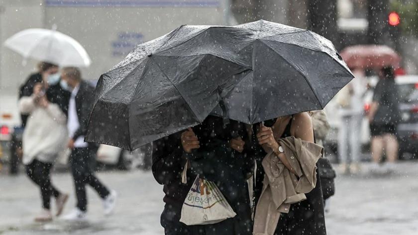 Meteoroloji'den dört bölgeye sağanak yağış uyarısı