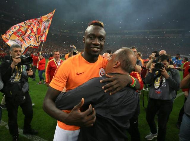 Galatasaraylı Futbolcular şampiyonluğu böyle kutladı! - Sayfa 2