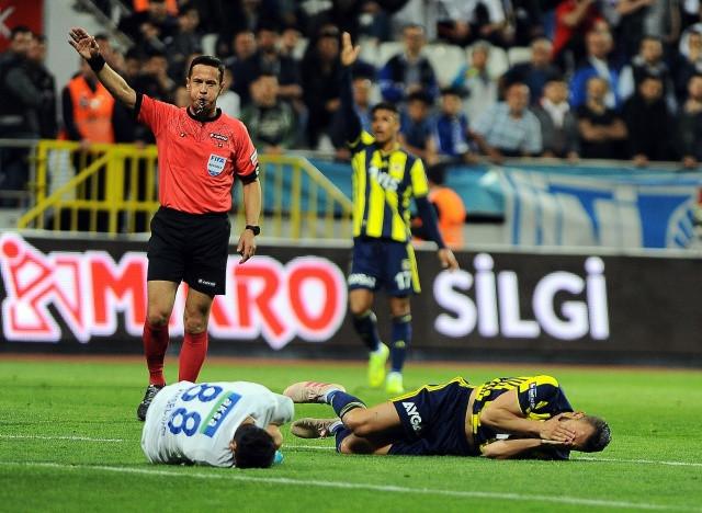Kasımpaşa - Fenerbahçe Maçı Unutulmaz Karaleri - Sayfa 2