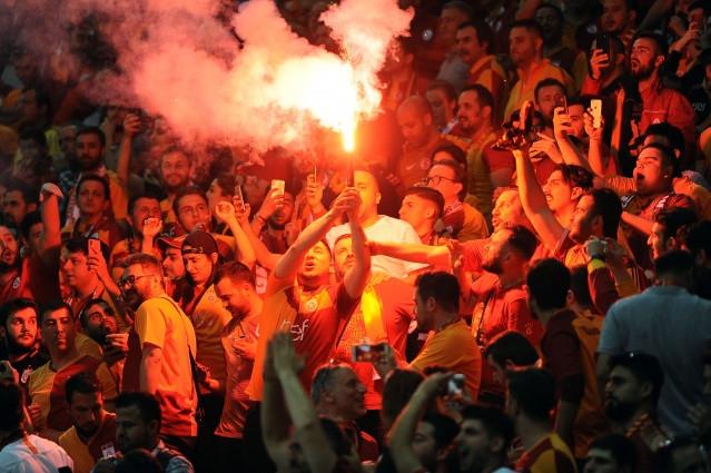 Fotoğraflarla Galatasaray'ın şampiyonluk mücadelesi - Sayfa 3