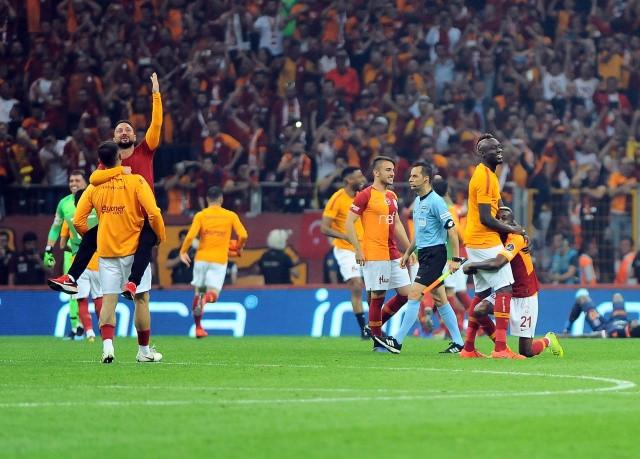 Fotoğraflarla Galatasaray'ın şampiyonluk mücadelesi - Sayfa 4
