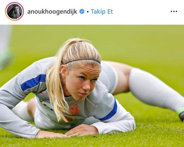 Hollanda futbolunun en güzeli paylaşımlarıyla dikkat çekiyor! - Sayfa 3